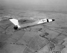 The Arrow banking during its first flight on 25 March 1958. (Canadian Department of National Defence)