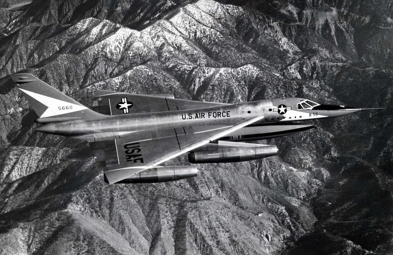 b-58 hustler airplane jpg 853x1280