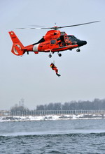 A US Coast Guard Eurocopter HH-65 Dolphin during exercises on 22 February 2010. (USCG/Petty Officer 3rd Class robert Brazzell)