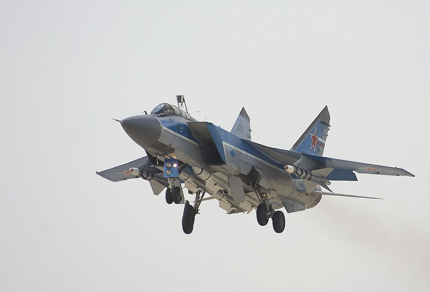 http://www.aircraftinformation.info/Images/MiG-31_02.jpg