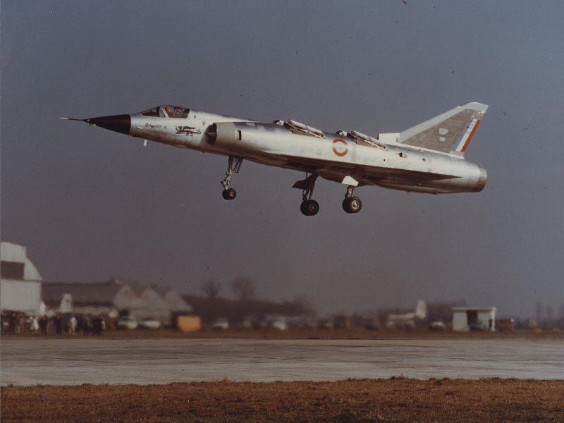Mirage III V-01 1/72 Mir3v_03